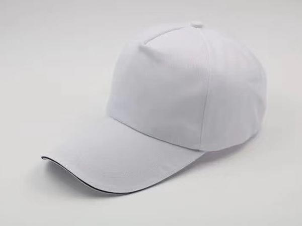 白色帽子图片